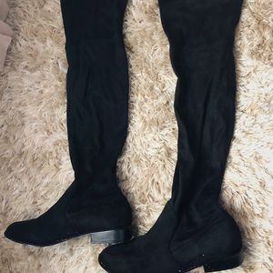 ⚫️⚫️OVER THE KNEE ADJUSTABLE BOOTS⚫️⚫️
